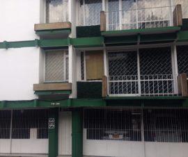 cuatro pisos