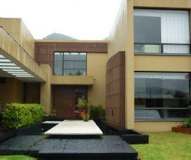 conjunto kalamary cerca a Club House con vista sobre los cerros de cota